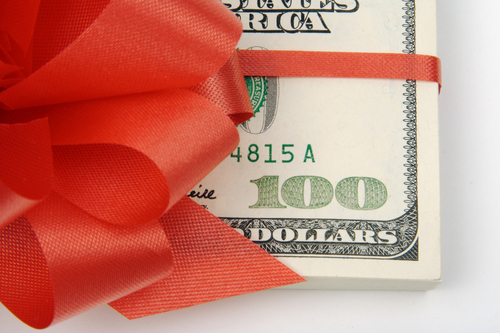 Need Quick Cash For The Holidays? Try Our Payday Loan!